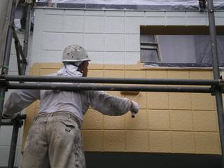 040外壁中塗り.JPG