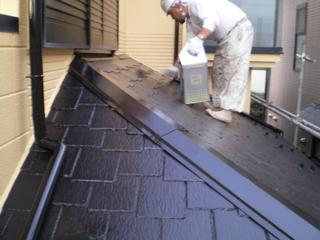 084下屋根上塗り.JPG